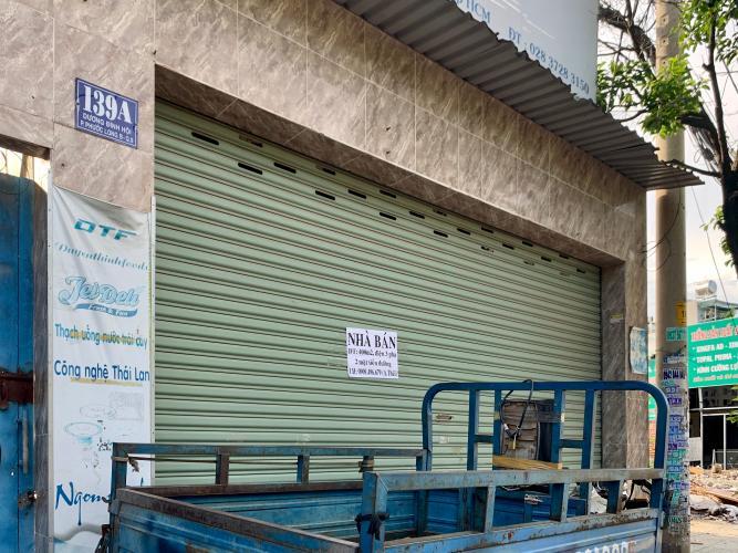 Bán mặt bằng kinh doanh đường Dương Đình Hội, Quận 9, cách Uỷ ban Quận 9 khoảng 2km