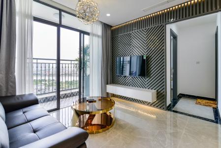 Cho thuê căn hộ Vinhomes Central Park tầng cao, tháp Landmark 2 2PN, đầy đủ nội thất