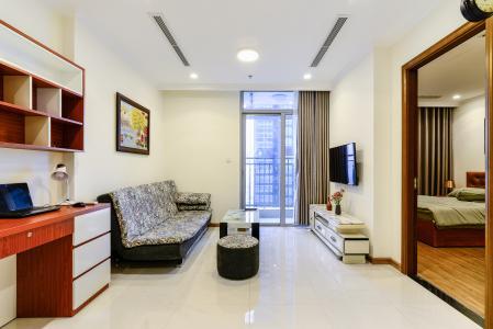 Căn hộ Vinhomes Central Park 1 phòng ngủ tầng cao L3 nội thất đầy đủ