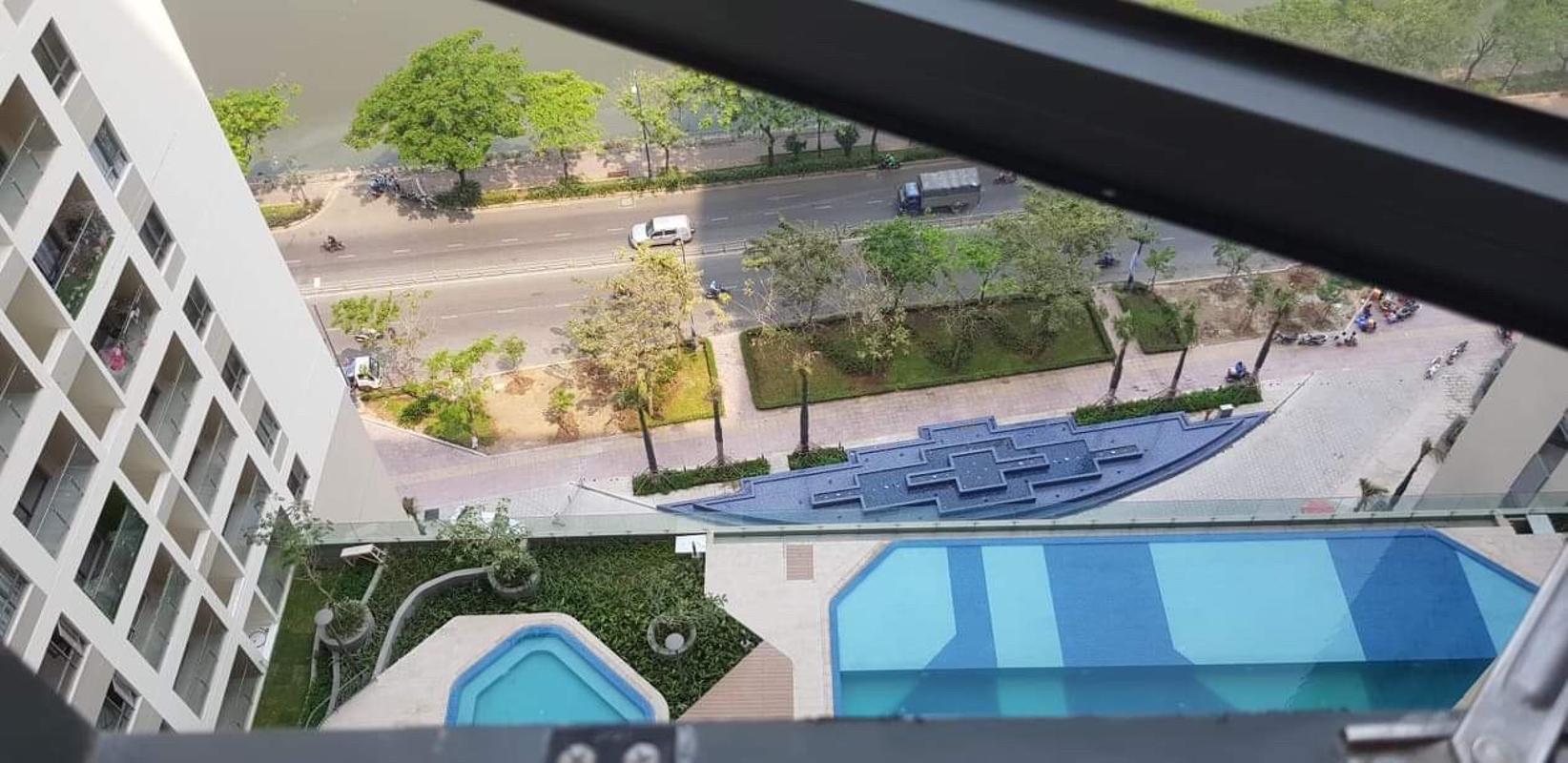 can-ho-THE-GOLD-VIEW Bán căn hộ The Gold View 2PN, tầng trung, nội thất cơ bản, view kênh Bến Nghé và thành phố