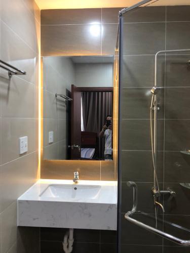 Nhà vệ sinh SSR Căn hộ Saigon South Residence tầng cao, đầy đủ nội thất