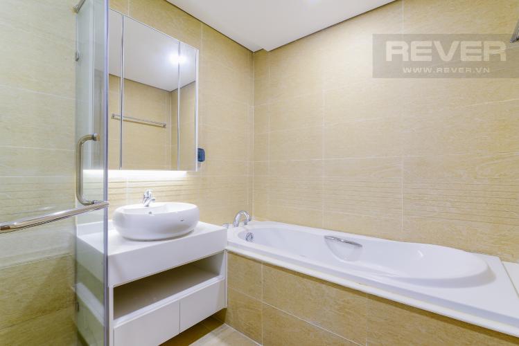 Phòng Tắm 2 Căn góc Vinhomes Central Park 4 phòng ngủ tầng cao P1 view sông
