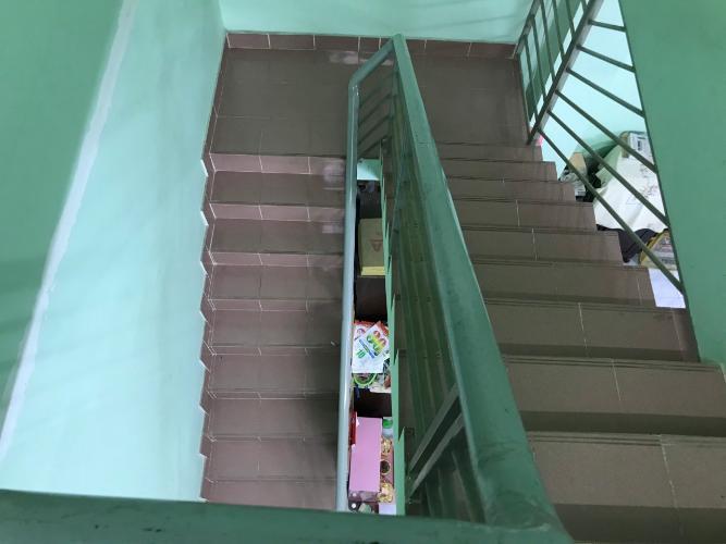 Cầu thang nhà phố quận 9 Bán nhà phố P. Long Bình, Q9 diện tích 4x15.75m, sổ hồng chính chủ.