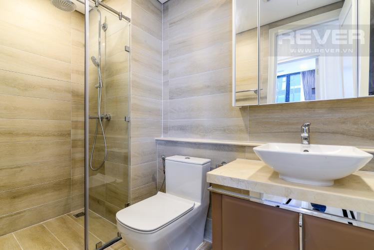 Phòng Tắm 1 Căn hộ Vinhomes Golden River tầng cao, 2PN, bàn giao đầy đủ nội thất