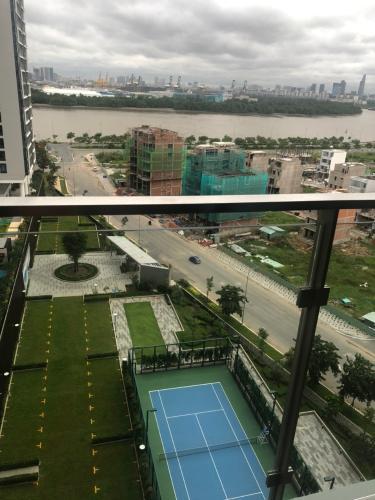 VIEW căn hộ One Verandah Căn hộ One Verandah đầy đủ nội thất, view thành phố và sông.
