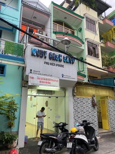 Bán nhà phố đường Nguyễn Tri Phương phường 5 quận 10, diện tích đất 29.4m2, sổ hồng đầy đủ