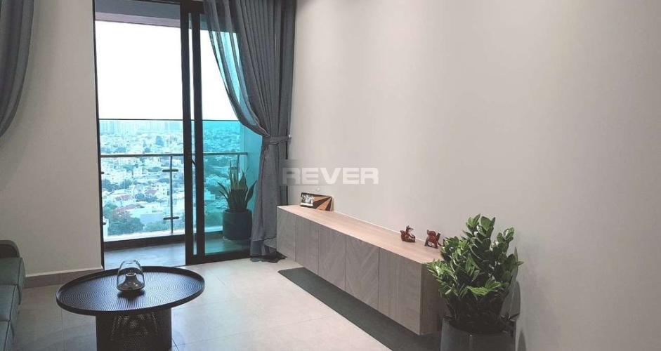 Căn hộ Feliz En Vista tầng 22 view thành phố, ban công hướng Đông.