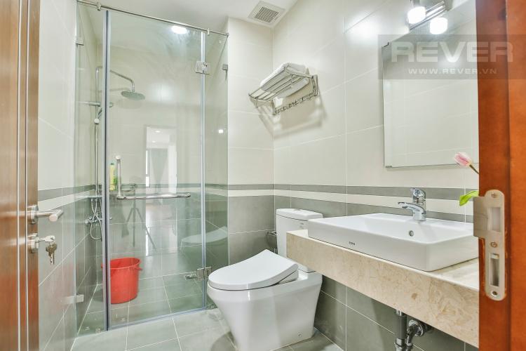 Toilet 1 Căn hộ The Gold View 2 phòng ngủ tầng trung A2 view hồ bơi