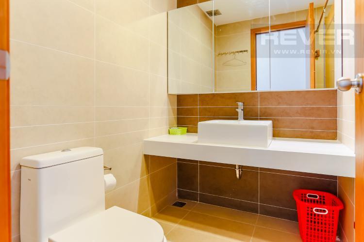 Phòng Tắm 2 Căn hộ Sunrise City 2 phòng ngủ tầng cao W4 view hồ bơi