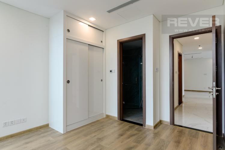 Phòng Ngủ 1 Bán hoặc cho thuê căn hộ Vinhomes Central Park 3PN, tháp Landmark 81, view sông và công viên