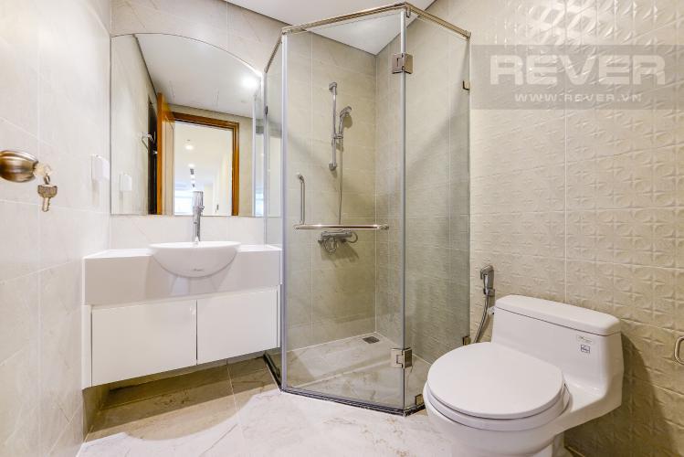 Phòng tắm 2 Căn hộ Vinhomes Central Park tầng trung, tòa Landmark 6, 4 phòng ngủ, full nội thất