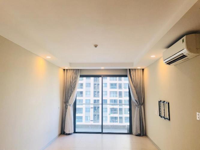 Bán căn hộ The Gold View nội thất cơ bản, view sông và thành phố.