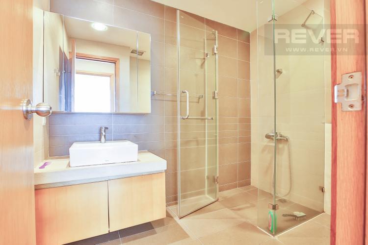 Toilet 2 Căn hộ Sunrise City 2 phòng ngủ tầng cao V2 hướng Đông