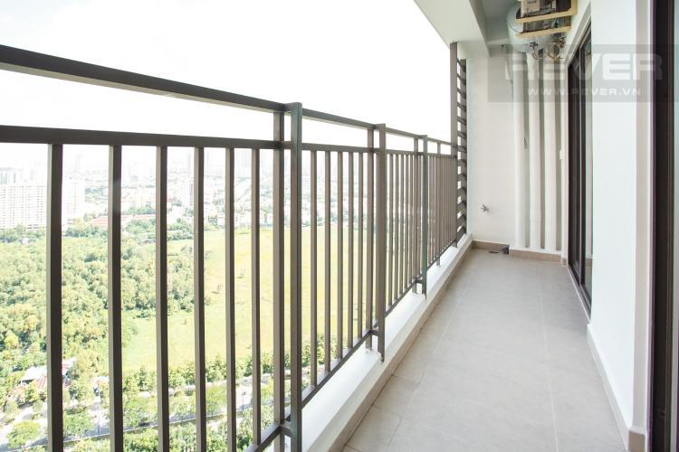 Ban Công Bán căn hộ The Sun Avenue 3PN, tầng cao, block 4, view hồ bơi và Landmark 81