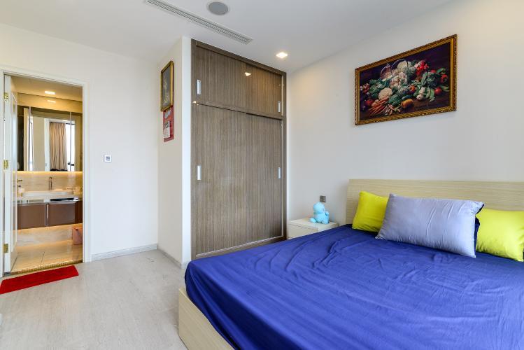 Phòng Ngủ 2 Bán căn hộ Vinhomes Golden River 2PN, tầng trung, tháp The Aqua 4, đầy đủ nội thất, view sông Sài Gòn
