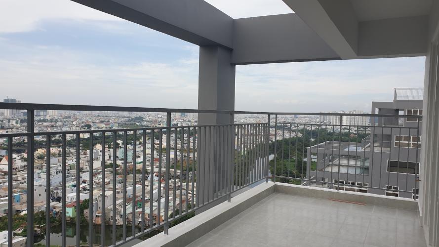 Ban công căn hộ Conic Riverside, Quận 8 Căn hộ penthouse chung cư Conic Riverside view thành phố thoáng mát.