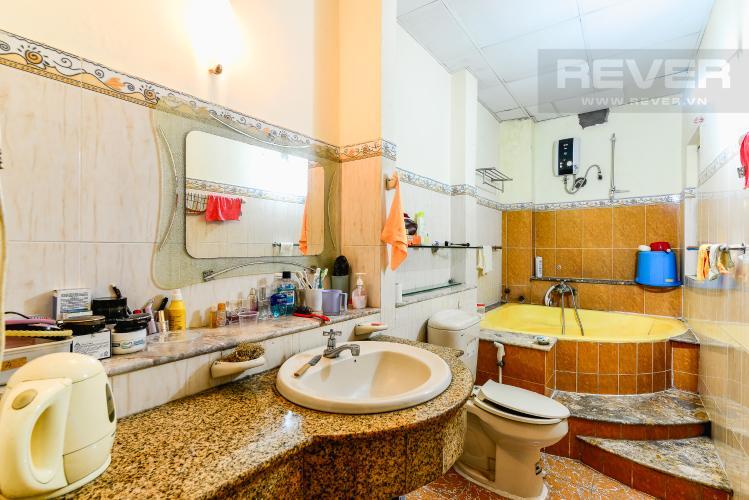 Phòng Tắm Phòng Ngủ 1 Nhà phố 6 phòng ngủ hẻm 12 đường Cù Lao Quận Phú Nhuận