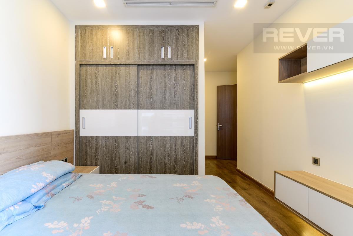 _DSC4012 Bán căn hộ Vinhomes Central Park 2PN, tháp Park 5, đầy đủ nội thất, view sông và công viên xanh mát