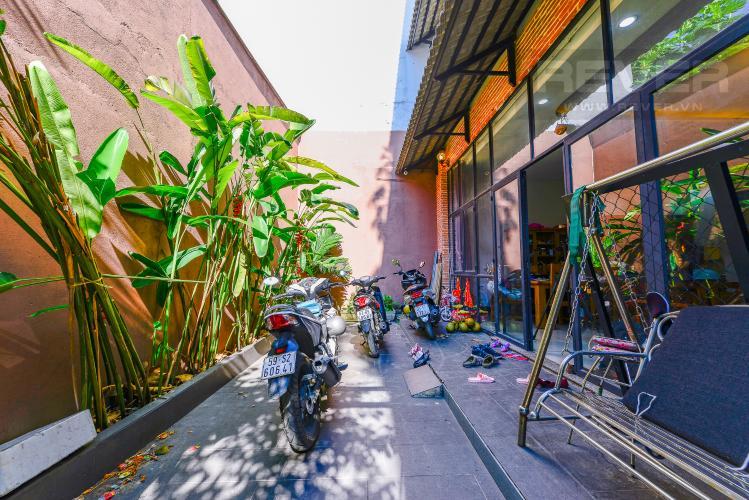 Sân thượng Nhà phố 4 phòng ngủ đường Nơ Trang Long Bình Thạnh diện tích 54m2