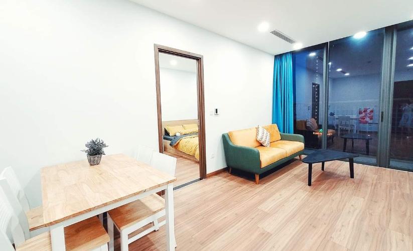 Căn hộ Eco Green Saigon tầng trung, view nội khu hồ bơi, 2 phòng ngủ.