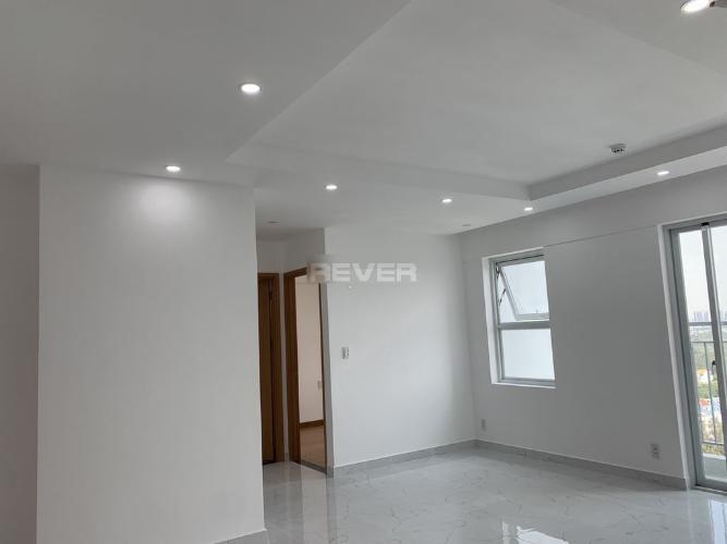 Phòng khách căn hộ Conic Riverside, Quận 8 Căn hộ Conic Riverside hướng cửa Tây Nam, view nội khu tầng cao.