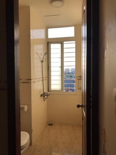 Phòng tắm căn hộ chung cư Thuận Việt, Quận 11 Căn hộ chung cư Thuận Việt ban công hướng Đông Nam, view thành phố.
