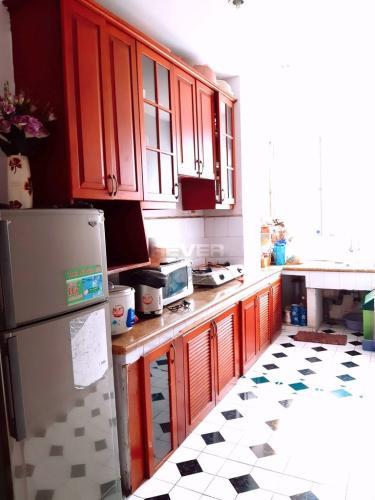 Phòng bếp chung cư 151 Nguyễn Đình Chính, Phú Nhuận Căn hộ chung cư 151 Nguyễn Đình Chính hướng Đông, nội thất đầy đủ.
