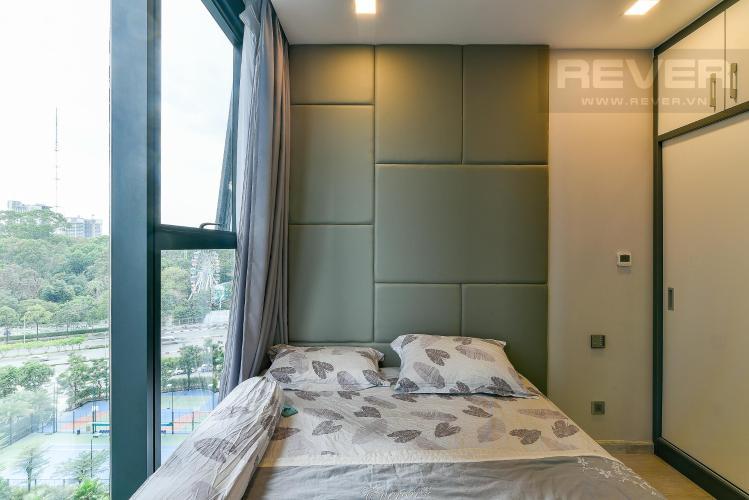 Phòng ngủ căn hộ Vinhomes Golden River Bán hoặc cho thuê Vinhomes Golden River 2PN, tháp The Aqua 1, đầy đủ nội thất, view sông và nội khu