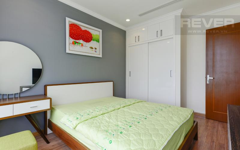 Phòng ngủ Căn hộ Vinhomes Central Park tầng cao Landmark 2 view sông