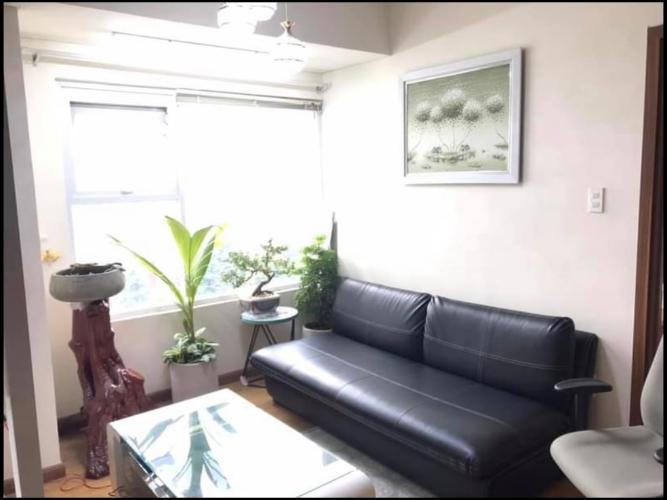 Căn hộ Flora Fuji tầng trung, view đại lộ, nội thất cơ bản.