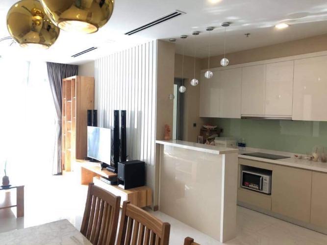 Phòng ăn và bếp căn hộ Vinhomes Central Park Cho thuê căn hộ Vinhomes Central Park 3PN, tháp Park 1, diện tích 111m2, đầy đủ nội thất