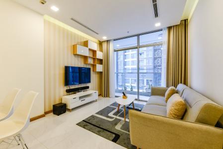 Căn hộ Vinhomes Central Park tầng trung, tháp Park 5, 2 phòng ngủ, view sông