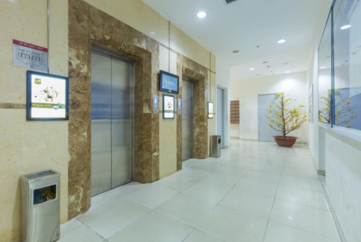 Hành lang Carillon Apartment, Tân Bình Căn hộ Carillon Apartment tầng trung đầy đủ nội thất tiện nghi.
