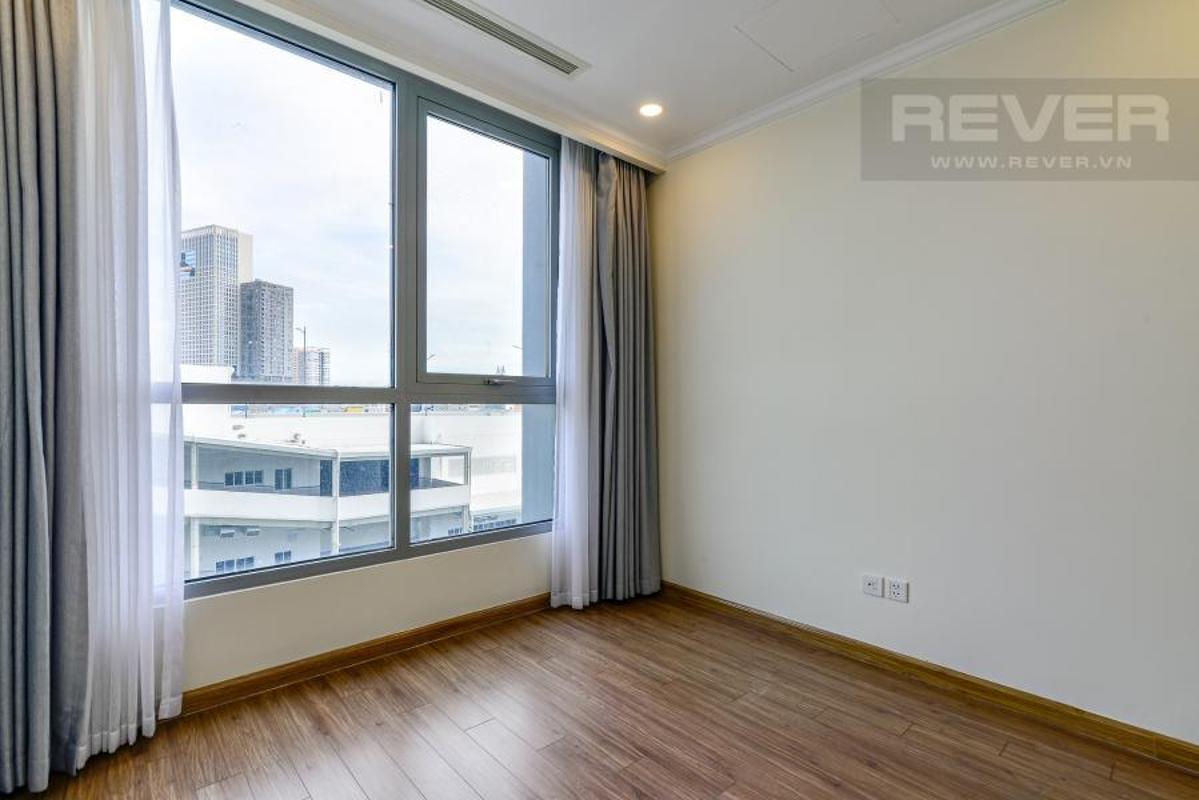 929d70dd556db133e87c Bán căn hộ Vinhomes Central Park 3PN, tháp Landmark 6, đầy đủ nội thất, view hồ bơi