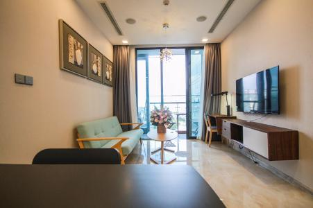 Bán căn hộ Vinhomes Golden River 1 phòng ngủ, tầng thấp, diện tích 48m2, đầy đủ nội thất