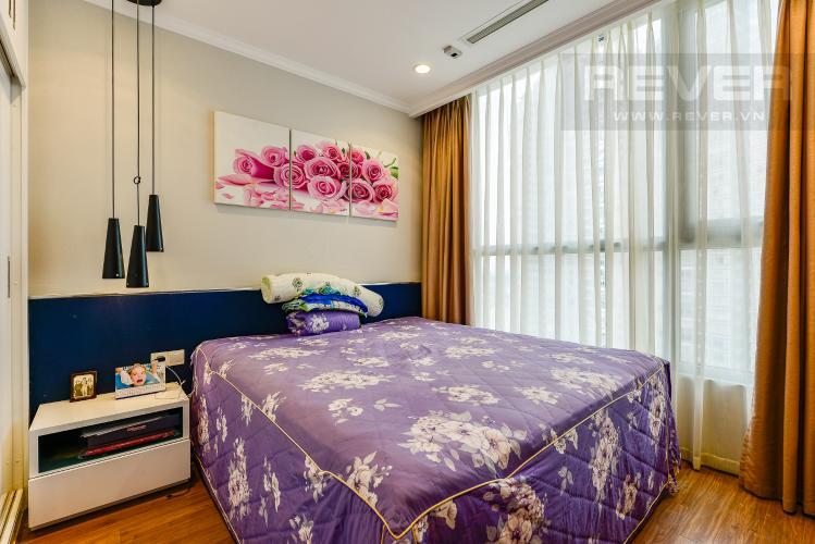 Phòng ngủ Cho thuê căn hộ Vinhomes Central Park tầng cao, 1PN, đầy đủ nội thất, view sông
