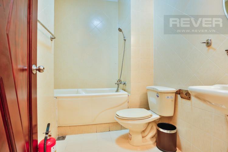 Phòng tắm 2 Nhà phố đường số 9 thiết kế đẹp, nội thất sang trọng