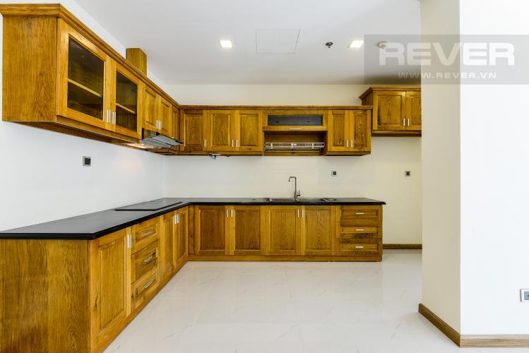 Bếp Căn hộ Vinhomes Central Park tầng cao 2PN nội thất cơ bản