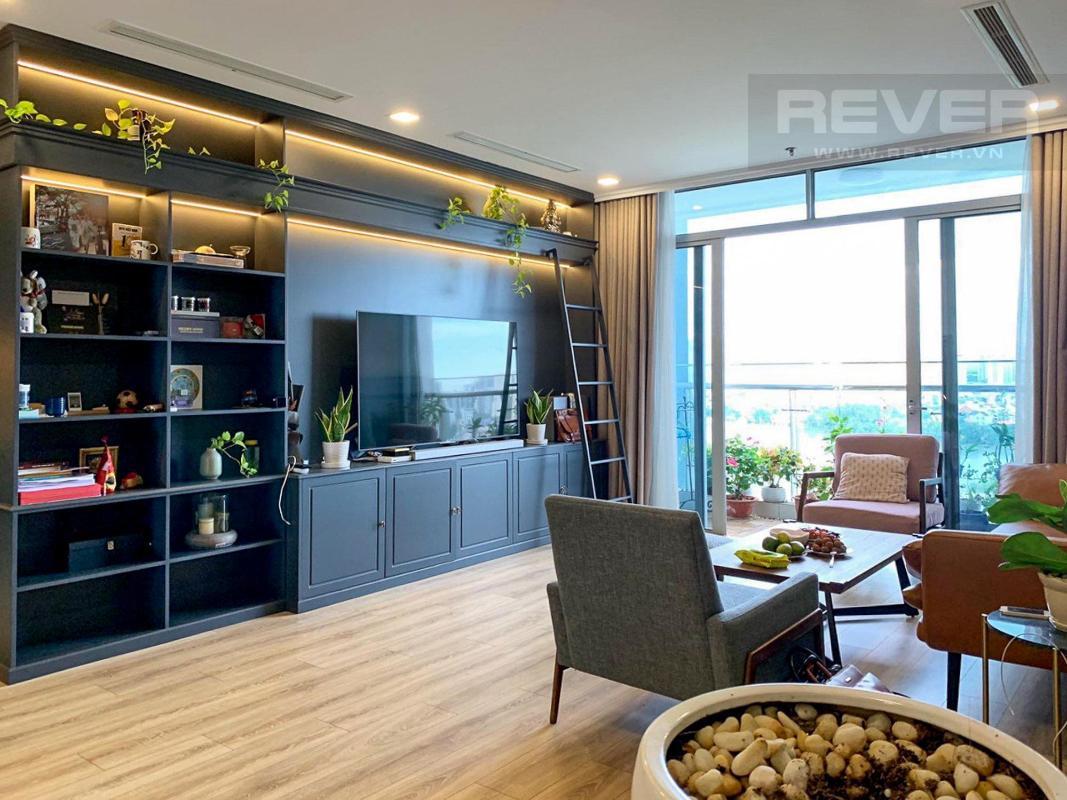 Phòng khách Bán căn hộ Vinhomes Central Park 4PN, tháp Park 4, đầy đủ nội thất sang trọng, view sông và công viên mát mẻ