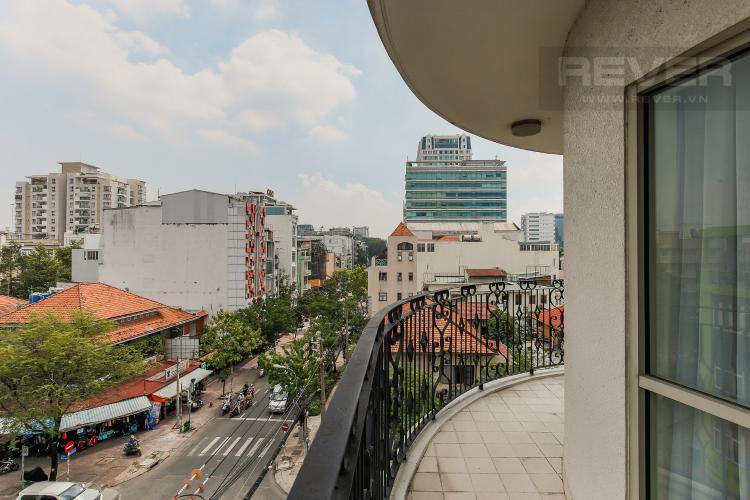Balcony Căn hộ Saigon Pavillon 3 phòng ngủ tầng thấp đầy đủ nội thất