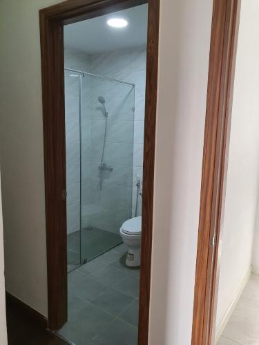 Toilet Sun Village Apartment, Bình Thạnh Căn hộ Sun Village Apartment hướng Tây Nam, đầy đủ nội thất.