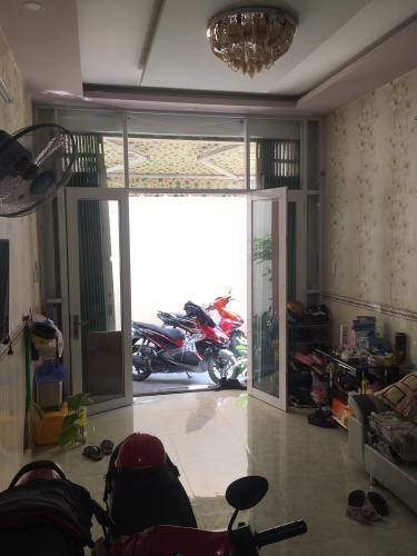 Phòng khách nhà phố Minh Phụng, Quận 6 Nhà phố diện tích 41.2m2, sổ hồng riêng bàn giao ngay.