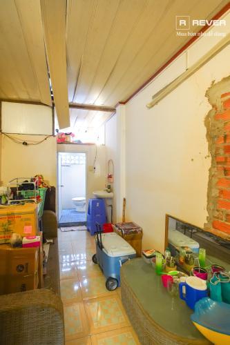 Bên trong nhà phố QUẬN 4 Bán nhà phố hẻm Tôn Đản, Quận 4, đầy đủ nội thất, hướng Đông Bắc