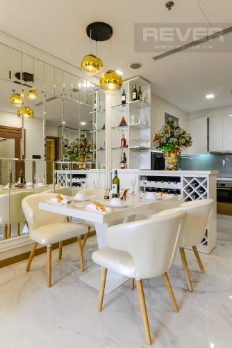 Phòng Ăn Bán căn hộ Vinhomes Central Park 1PN, tháp Landmark 81, đầy đủ nội thất, view trực diện hồ bơi