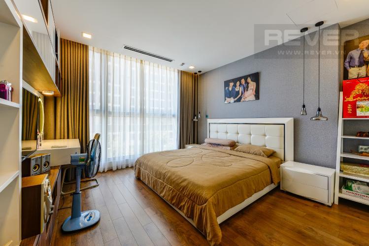 Phòng ngủ 1 Cho thuê căn hộ Vinhomes Central Park tầng thấp, 4PN, đầy đủ nội thất