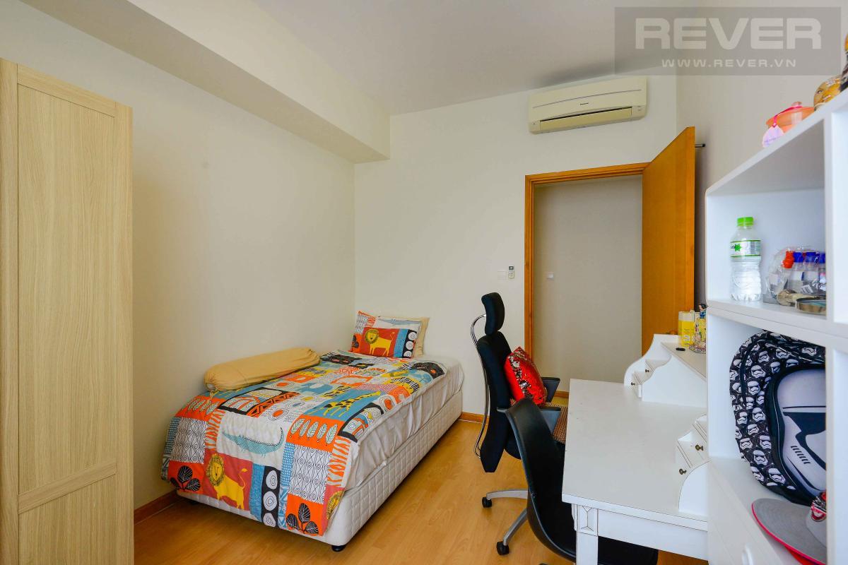bedroom 2 Bán hoặc cho thuê căn hộ Saigon Pearl 3PN, tầng cao, tháp Sapphire 1, đầy đủ nội thất, view sông và thành phố