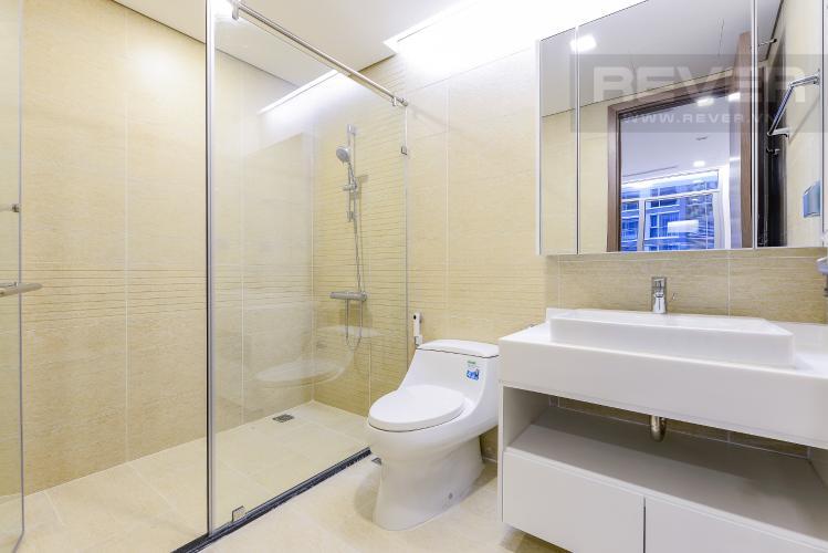 Phòng tắm 1 Căn hộ Vinhomes Central Park 2 phòng ngủ tầng cao P3 view sông