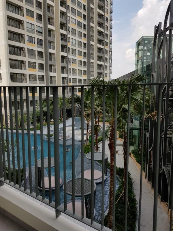 Hồ bơi Bán căn hộ officetel Masteri An Phú, tầng thấp, tháp A, diện tích 46m2, không có nội thất, view hồ bơi