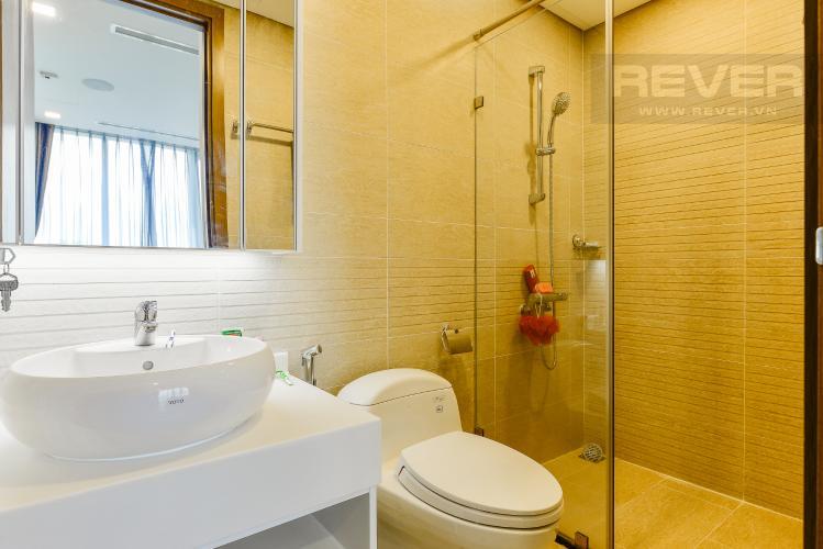 phòng tắm 1 Căn hộ Vinhomes Central Park tầng cao Park 6 nội thất đầy đủ