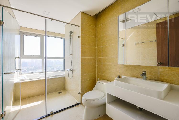 Phòng tắm 2 Căn hộ Vinhomes Central Park 4 phòng ngủ tầng cao P2 view sông